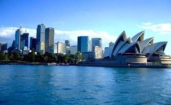 Австралийцев вновь признали самой счастливой нацией
