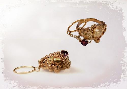 Ювелиры создали кольца для разведенных женщин