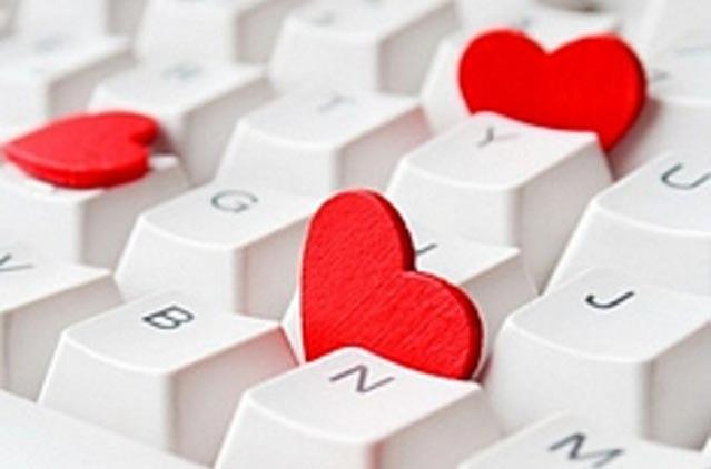 Почему мы влюбляемся по интернету