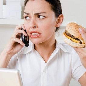 Можно ли набрать лишние килограммы, испытывая постоянные стрессовые ситуации
