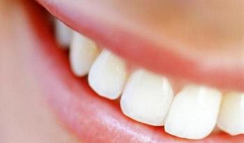 Лишний вес влияет на зубы