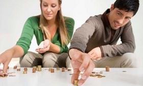В чьих руках должны быть деньги в семье