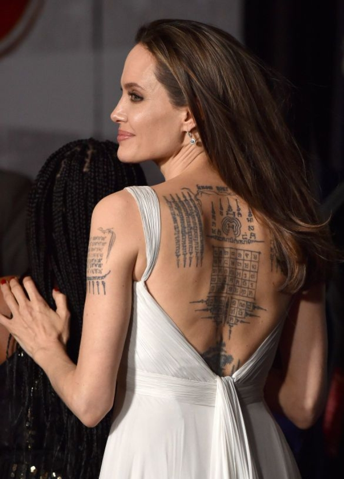 """Анджелина Джоли на премьере """"Дамбо"""""""